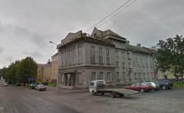 В правительстве объяснили, зачем выкупают ДК тарного комбината на улице Октябрьской