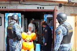 Приставы арестовали автоматы для сладкой ваты у должника по алиментам