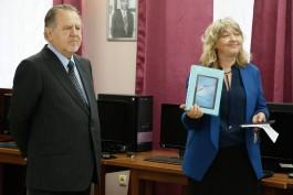 «Компьютеры, планшеты и 3D-принтер»: Владимир Щербаков подарил технику ученикам Православной гимназии