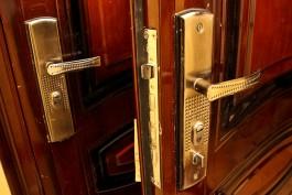 В Калининграде вор пообедал и зарядил телефон в чужой квартире