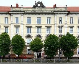 На Ленинском проспекте в Калининграде отремонтируют фасад исторического дома