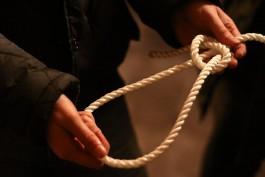 СК: В Славском районе на сеновале повесился 45-летний мужчина