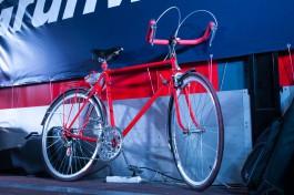 На Московском проспекте в Калининграде велосипедист врезался в открытую дверь машины