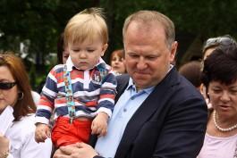 У экс-губернатора Калининградской области Николая Цуканова родилась дочь