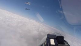 Минобороны показало видео перехвата самолётов США над Балтийским морем