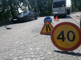 В Калининграде маршрутка врезалась в «Форд»: пострадала пассажирка