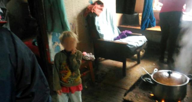 Жительница Гусевского района пригрозила повесить свою дочь впроцессе визита приставов