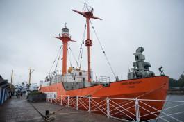 На борту плавучего маяка «Ирбенский» откроют гостиницу и летнее кафе