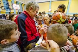 «Да — я звезда!»: в Калининград приехал олимпийский чемпион по баскетболу Иван Едешко