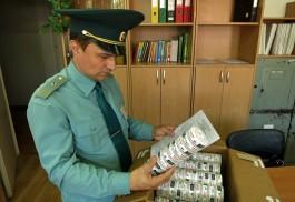 В Калининградскую область пытались ввезти 1200 банок запрещённого табака из Польши