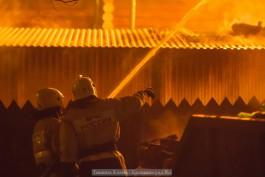Спасатели эвакуировали семь человек из горящего дома на ул. Арсенальной
