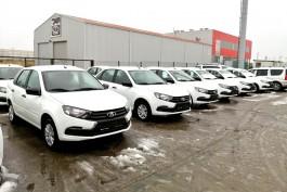Медучреждения региона получили 34 автомобиля для доставки врачей на вызовы