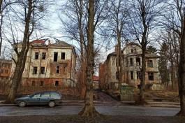 «Довели до руин»: как немецкие виллы на улице Тельмана в Калининграде ждут консервации