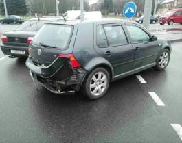 На площади Василевского в Калининграде столкнулись четыре автомобиля