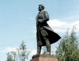 В Калининградской области отметили годовщину со дня рождения генерала Черняховского