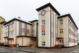 В Зеленоградске затопило территорию нового детского сада