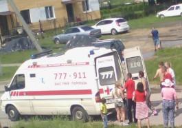 Очевидцы: В Луговом женщина за рулём «Мазды» сбила ребёнка