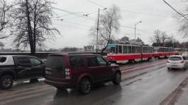 Из-за ДТП на улице Черняховского в Калининграде встали трамваи