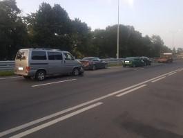 Под Калининградом на федеральной трассе столкнулись четыре машины: пострадала женщина