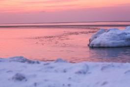 МЧС предупреждает жителей региона о разрушении льда на берегу Балтийского моря