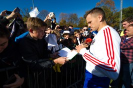 «А Дзюба выйдет?»: как в Калининграде прошла открытая тренировка сборной России по футболу