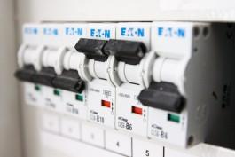 С начала года энергетики отключили от света за долги 8,8 тысяч человек в Калининградской области