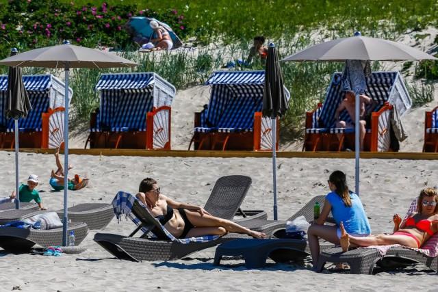 Власти Зеленоградска удвоят количество лежаков и беседок на западном пляже