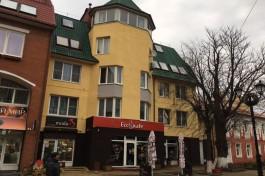 В центре Зеленоградска отремонтировали фасады двух домов