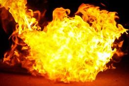 Ночью в Калининграде сгорел внедорожник «Вольво»