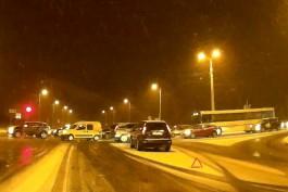 Три ДТП вызвали серьёзные пробки около Берлинского моста