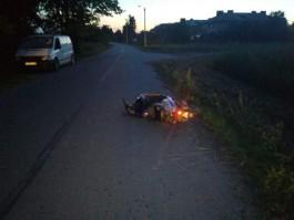 Под Славском 16-летний скутерист сбил девушку