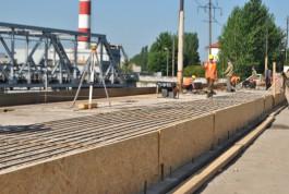 Подрядчик: Половина моста на улице Суворова будет готова в начале июля