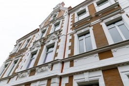 «Максимальный контраст»: как ремонтируют дома-памятники в Советске