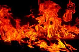 На Московском проспекте в Калининграде ночью горели три грузовика