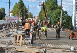 Численность рабочих на мосту на ул. Суворова в Калининграде увеличили на треть
