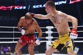 Боец из Калининграда победил ангольца на международном турнире по ММА