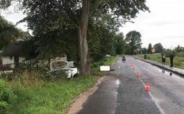 В Полесске «Рено» врезался в дерево: погиб 50-летний водитель