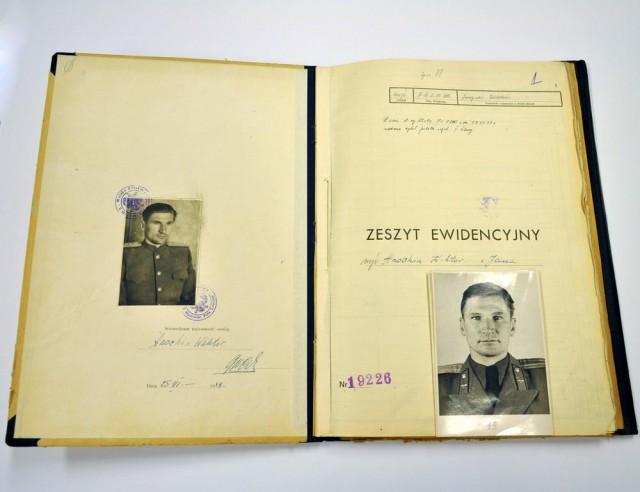 ВПольше отыскали документы около 20 000 солдат Красной армии