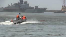 Во время репетиции Дня ВМФ в Балтийске двое военнослужащих упали с вертолёта в море