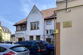 «Не влияет на памятник»: на пустыре между домами в историческом районе Калининграда хотят построить жильё