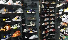 В ТЦ на Баранова в Калининграде нашли более 2000 пар обуви без маркировки