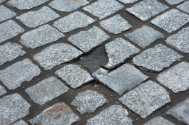«Уберут брусчатку»: к ремонту улицы Колхозной в Калининграде приступят 23 мая