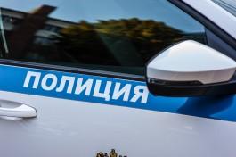 Полиция Калининграда разыскивает мужчину, подозреваемого в краже ста тысяч рублей
