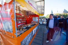 Силанов пообещал создать в центре Калининграда креативные места торговли для бабушек-цветочниц