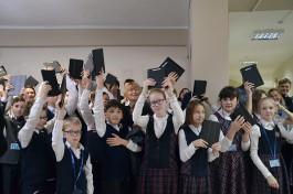 «Мы всегда рядом»: православная гимназия Калининграда получила новые подарки от основателя «Автотора»