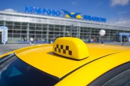 В Калининградской области полицейские задержали двух пьяных таксистов