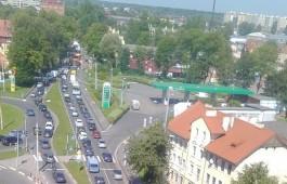 Из-за выезжающих на море в Калининграде образовались крупные пробки