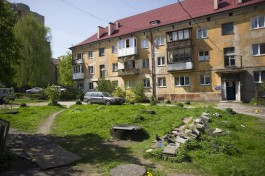 Власти составили 33 протокола за парковку на газонах в Калининграде