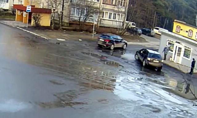 Полицейские задержали мужчину, стрелявшего поавтомобилю вСветлогорске