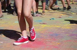 В Калининграде проведут спринтерский забег с обсыпанием красками «Холи»